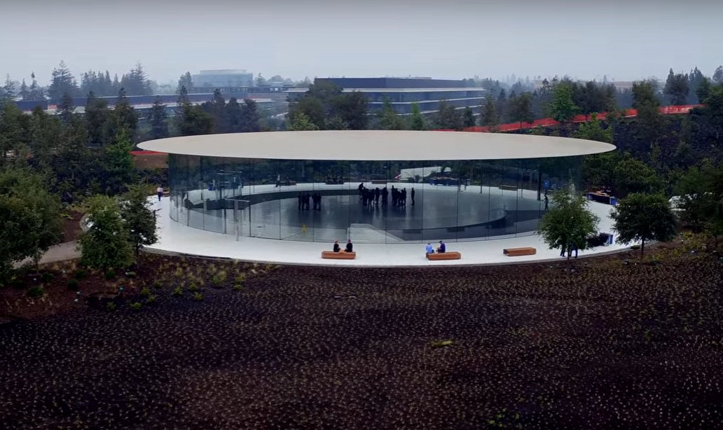 L'Apple Evento: iPhone 8 nel nuovissimo Apple Park